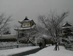 雪の中の金沢城